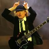 Hoy cumple 59 años el legendario Angus Young
