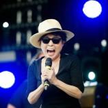 Yoko Ono con 10 mil no me gusta