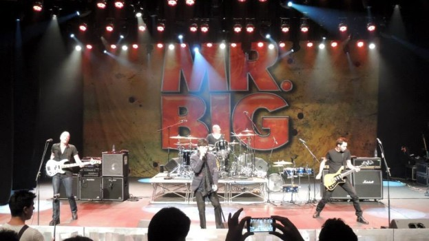 Mr. Big en Paraguay: Addicted to that Mr. Big rush [review]