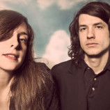 """Beach House hace """"One Thing"""" en el """"Late Show With Stephen Colbert"""""""